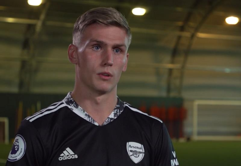 Runarsson joins Arsenal on four-year deal