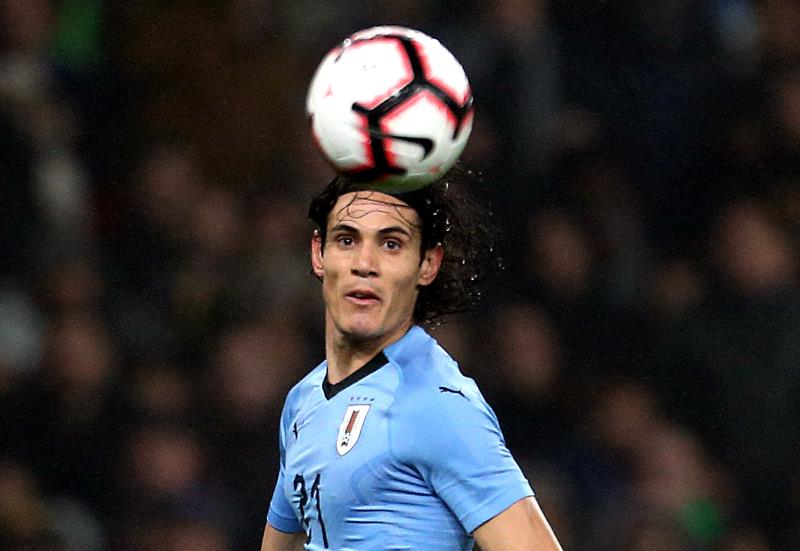Cavani has message for fellow Man Utd signing Pellestri